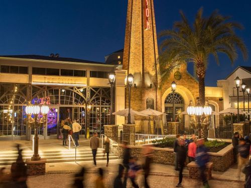I went to Disney World's newest restaurant that turns into a nightclub after 9 p.m. - here's why you need to go on your next trip
