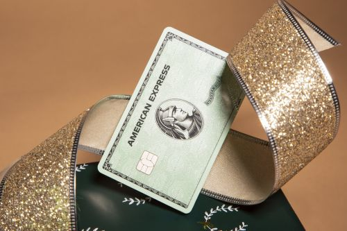 6 credit card benefits that double as last-minute holiday gifts