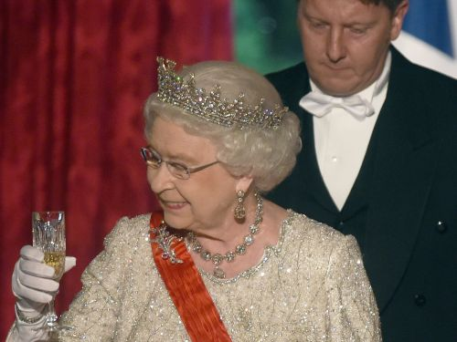 The Queen reportedly used to have a bar in Buckingham Palace but had to close it down after staff got too drunk