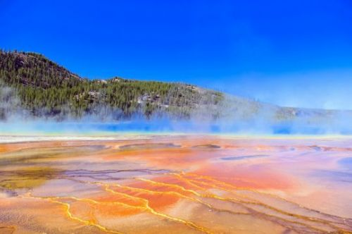 "Magma Under The Yellowstone Supervolcano Is ""Rising"", And Scientists Warn That An Eruption Would Devastate The Entire Planet"