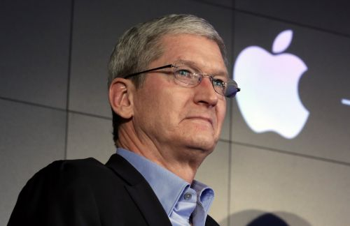 Here's the management tactic Apple CEO Tim Cook uses to keep employees on their toes