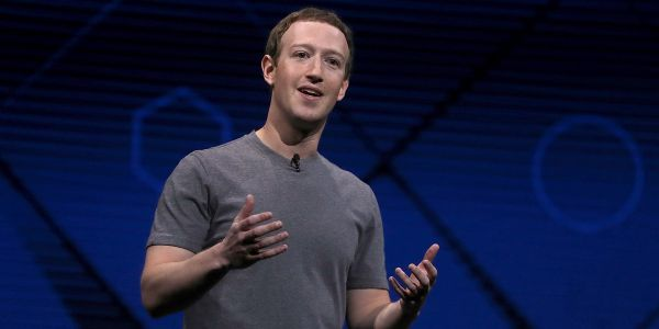 US senators still want Mark Zuckerberg to testify on the Cambridge Analytica scandal under oath