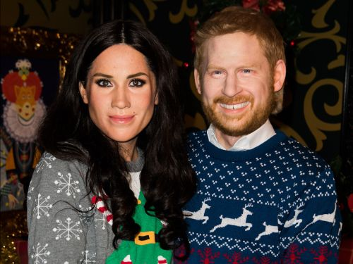 Madame Tussauds has unveiled new 'live' Christmas wax figures of Prince Harry and Meghan Markle, and the photos are very confusing