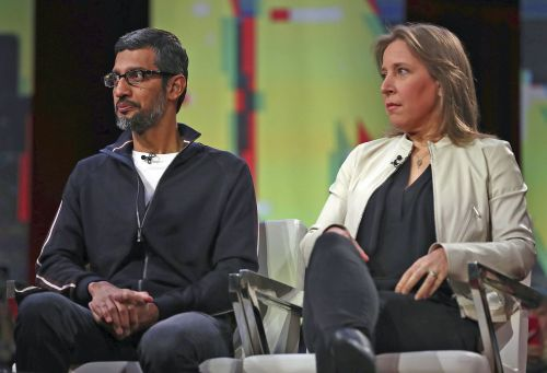 Google CEO Sundar Pichai bowed to Trump during the company's earnings call - here's why that should concern you