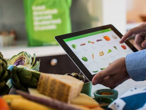 It's now cheaper to order Whole Foods delivery on Instacart than on Amazon