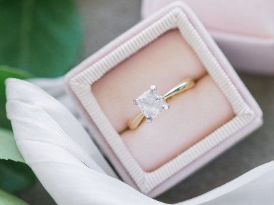 The best places to buy engagement rings online