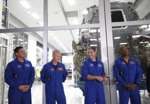 Astronaut capsule development 'will not be a losing proposition' for SpaceX