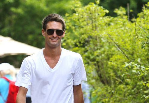 Snap CEO Evan Spiegel has sold Wall Street his rose colored glasses, but when the effect wears off it's going to hurt