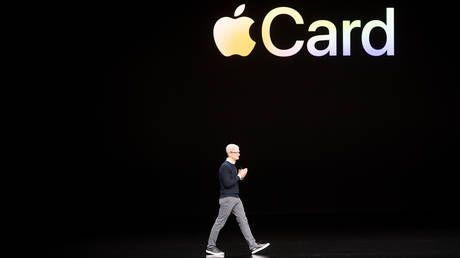 'Apple Card is sexist': Goldman Sachs faces probe after claims of gender biased credit limits