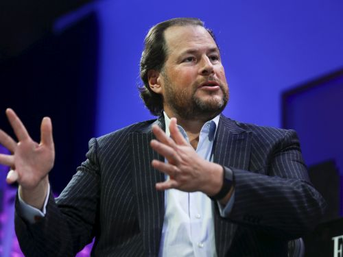 Salesforce CEO Marc Benioff explains how giving its salespeople a one-time guaranteed commission and allowing customers 'flexibility' on contracts are 'investments' that will help the company weather the economic crisis