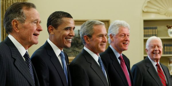 This GIF shows all of the US presidents in order of height