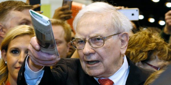 Warren Buffett is selling his newspapers for $140 million - a fraction of what they cost him