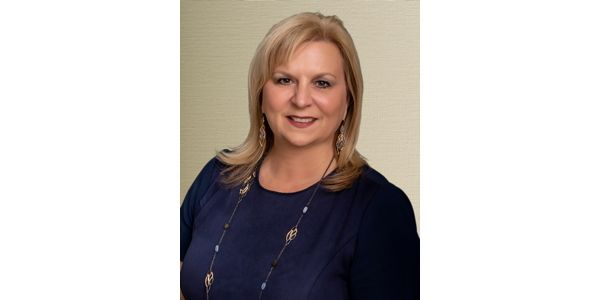 Hollie Gilbert Named Vice President Field Marketing for Hilton Grand Vacations