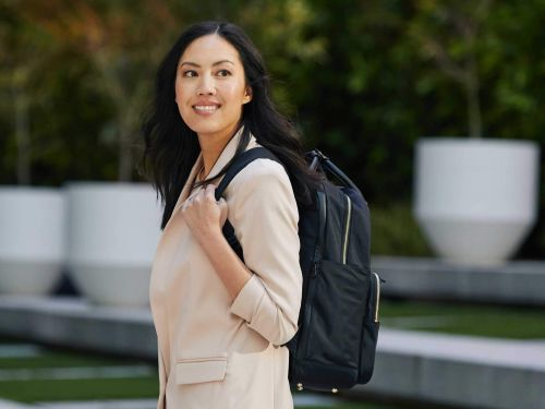 Lo & Sons' latest backpack is practical and professional - I no longer have to carry two bags to work on gym days