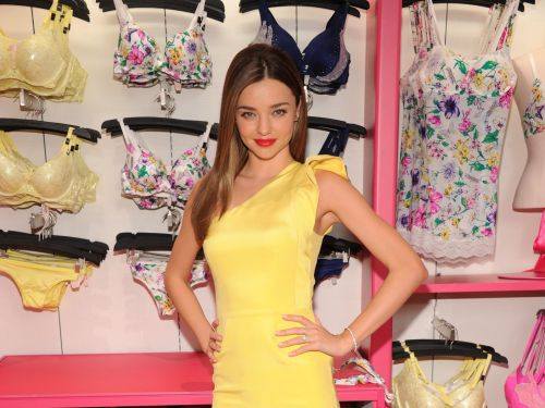 Victoria's Secret parent L Brands tumbles on lowered guidance