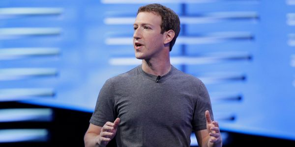 Facebook bans hundreds of clickbait farms for 'coordinated inauthentic behavior'