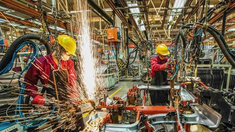 Chinese industrial giants' profits soar more than 90% in March - report