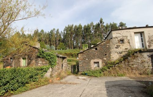Want to Buy a Spanish Village? This Real Estate Agent Has 400 to Sell