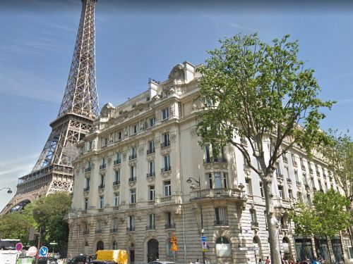 The most expensive home for sale in Paris is a massive $280 million mansion right next to the Eiffel Tower, and it's owned by 2 mysterious sisters of 'a rich French dynasty'