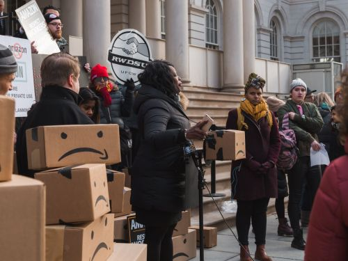 Amazon was having official talks with city officials just the day before it canceled the New York HQ2