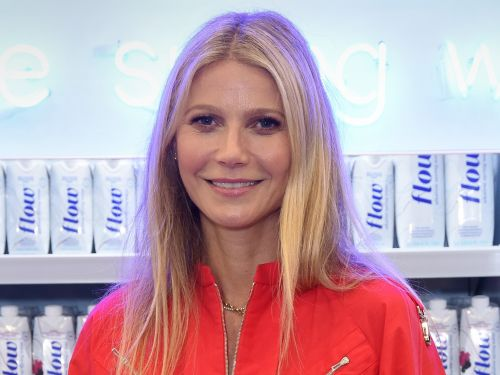 Gwyneth Paltrow's daughter Apple Martin called her out for posting a photo of her without her consent