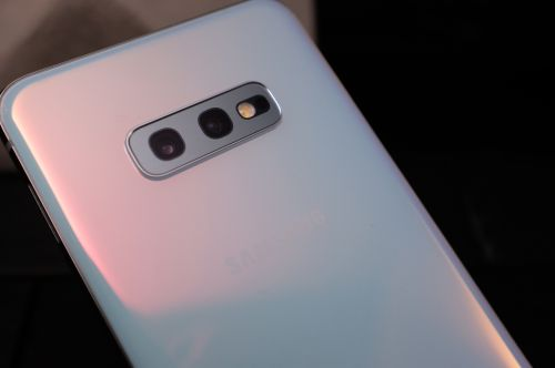 The Samsung S10's cameras get ultra-wide-angle lenses and more AI smarts