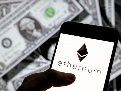 A crypto technical analyst breaks down why ethereum is set to rise to $3,000 and is a better investment than bitcoin right now - and explains how he analyzes when to buy a cryptocurrency