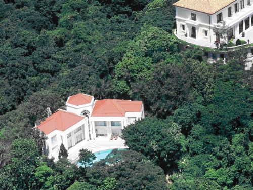 This $446 million mansion in Hong Kong could break the record as the most expensive home ever sold in the world's most expensive housing market - and it's surprisingly modest