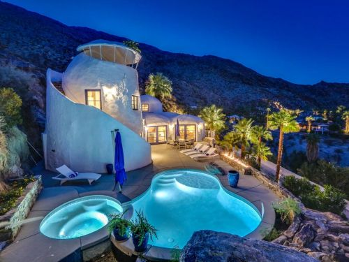 A self-taught designer turned a dated Palm Springs home into something that looks straight out of Santorini, Greece - take a look inside