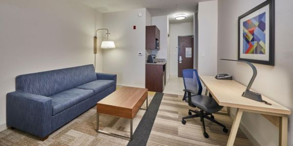 InnSight Hotel Management Group Opens the Holiday Inn Express Medford