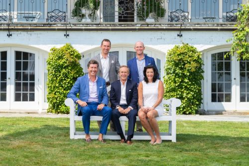 William Raveis Real Estate Expands Luxury Network With New Partnership
