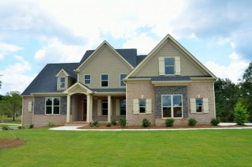 Skyrocketing Lumber Prices Have Increased The Average Price Of A New Home By $35,872 In 1 Year