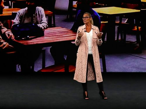 Why it absolutely matters what Angela Ahrendts wore on stage during Apple's iPhone launch event