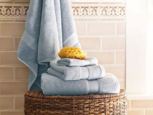 We tried Crane & Canopy's affordable bath linens - the towels and bathrobe in particular are incredibly soft and plush
