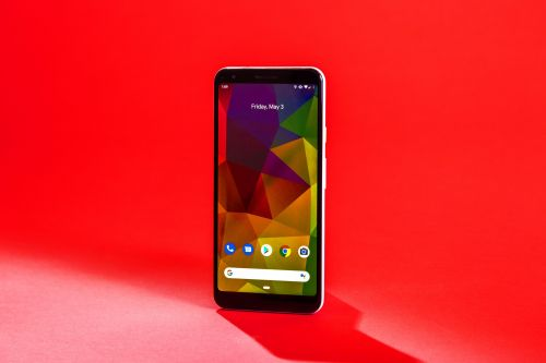 I switched to Google's new $400 phone, and I'm never going back to $1,000-plus smartphones