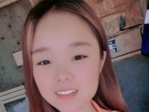 TikTok star Xiao Qiumei dies after falling 160 foot from a crane while recording a livestream video