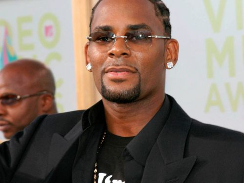 R. Kelly reportedly charged in Cook County with aggravated criminal sexual abuse