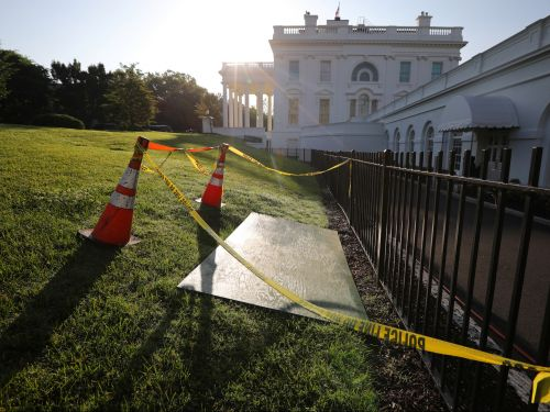 The White House lawn has a growing sinkhole - here's what happens when one swallows up an entire house