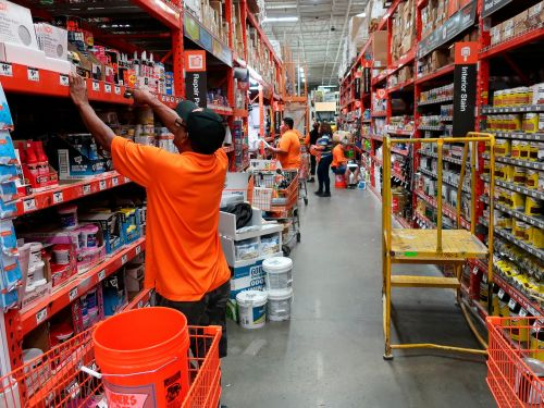 A Home Depot exec explains the key reason why pushing for 'the store of the future' could backfire