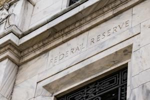 Fed leaves main rate unchanged, saying policy is appropriate