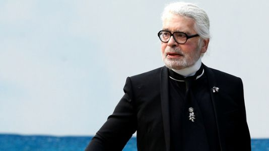 Karl Lagerfeld Dies; A High Priest Of High Fashion