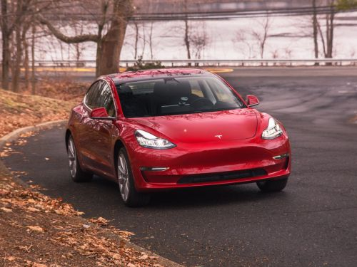 Tesla's problems are growing - here's everything that has gone wrong so far this year