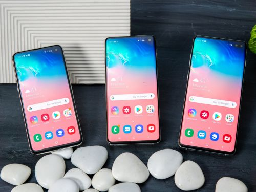 Samsung's Galaxy S10 smartphone lineup is up for preorder now for $750 to $1,000