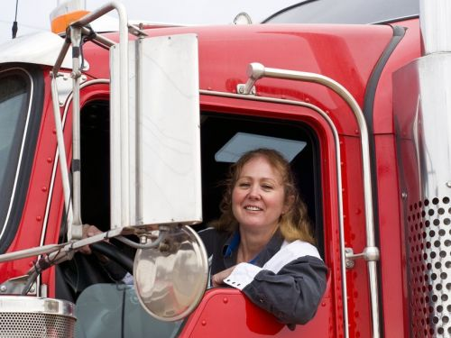 Only 6% of truck drivers are women - but the data suggests they're safer drivers who are less likely to quit their jobs
