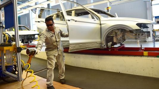 Will NAFTA 2.0 Really Boost Mexican Wages?
