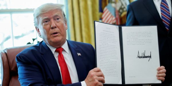 Trump's new Iran sanctions are part of a 'high risk' strategy that could lead a conflict he doesn't want, experts warn