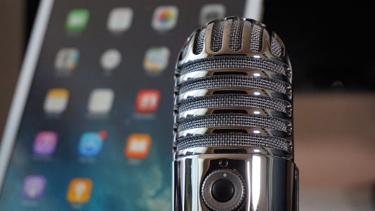 A Proven Guide to Driving Traffic With Podcast Interviews
