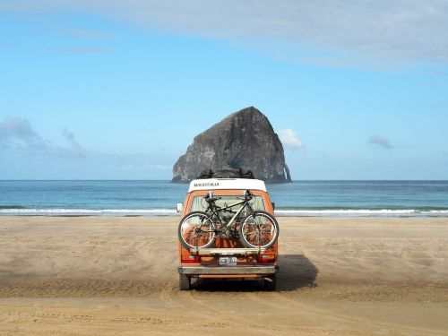 12 dreamy photos of people who left it all behind for a nomadic existence traveling the world in a van